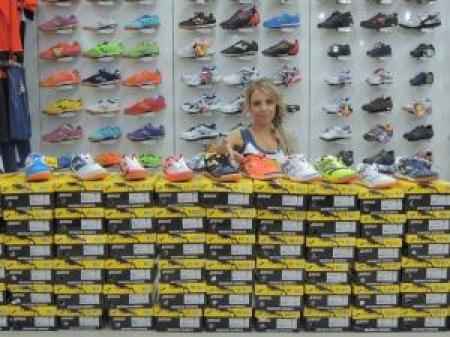 В офис-магазине Joma новое поступление спортивной обуви