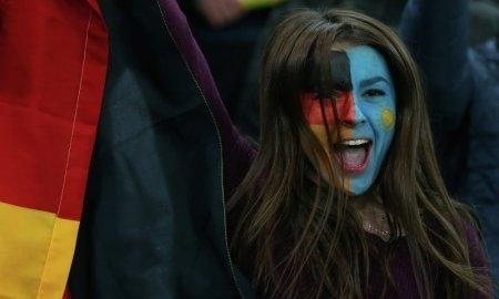 Болельщица матча Казахстан — Германия — в числе самых красивых в 2013 году