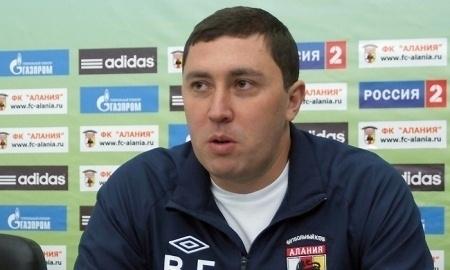 Владимир Газзаев сегодня встретится с руководством «Актобе»