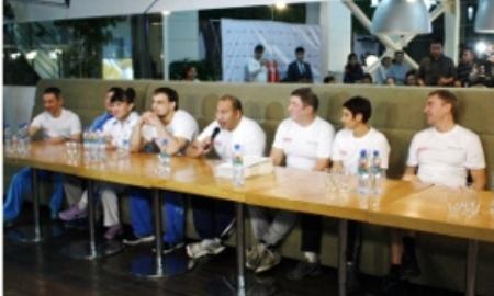 Пять Олимпийских чемпионов провели мастер-класс в Алматы