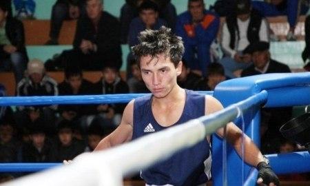 Казахстанские боксеры сегодня проведут полуфинальные бои на турнире в Минске