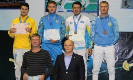 Две медали в копилке ВКО после выступлений рапиристов на чемпионате РК