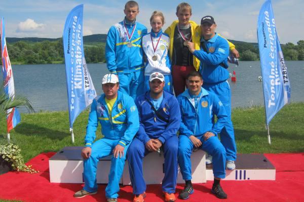 Денис Жарменов с командой
