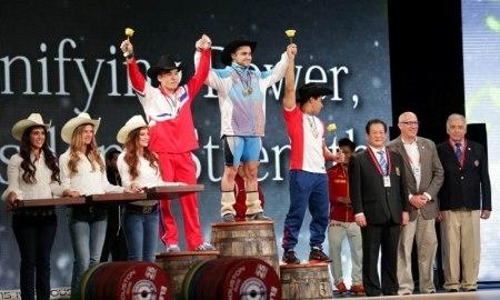 <strong> Штангист Ниджат Рахимов выиграл «золото» чемпионата мира для Казахстана</strong>