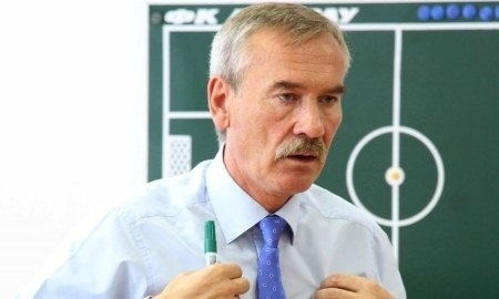 Анатолий Юревич: «В Казахстане популярность футбола невероятная»