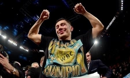 <strong>Геннадий Головкин на отказе Сауля Альвареса стал чемпионом WBC в среднем весе</strong>