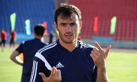Мухтаров удалён в первом тайме матча с «Чукарички»