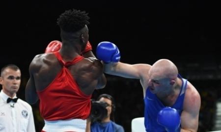 <strong>Боксер Дычко гарантировал медаль Олимпиады-2016</strong>