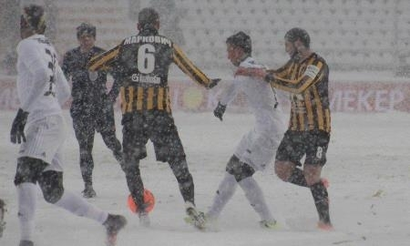 Казахстанцы потроллили снежный матч «Кайрат» — «Астана»