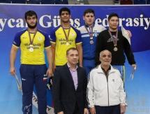 Казахстанские «классики» завоевали девять медалей на «Кубке Федерации Азербайджана»