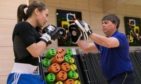 Ерик Алгабек: «Фируза Шарипова намерена полностью реализовать свой потенциал в профессиональном боксе»