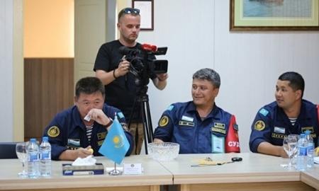 Военные корабли уничтожат плавающие мины наКаспии