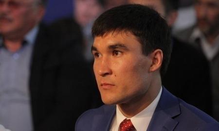 Серик Сапиев досрочно сложил полномочия депутата