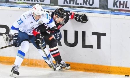 Хоккеист «Авангарда» попал вреанимацию после матча КХЛ