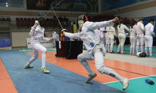 Почти двести спортсменов участвуют в международном турнире в Усть-Каменогорске