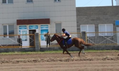 Летний скаковой сезон открыли в Северном Казахстане