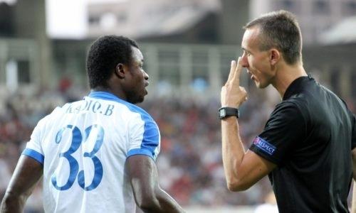 Тренер Пюника продемонстрировал тренеру конкурента неприличный жест вматче Лиги Европы