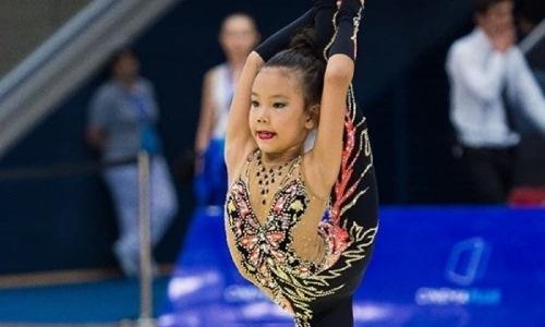Казахстанка победила в российском конкурсе по художественной гимнастике