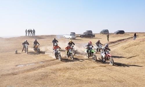 В Шымкенте прошли международные соревнования по мотокроссу