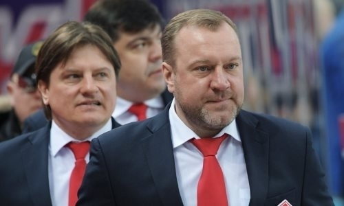 Экс-тренер «Сарыарки» покинул клуб КХЛ