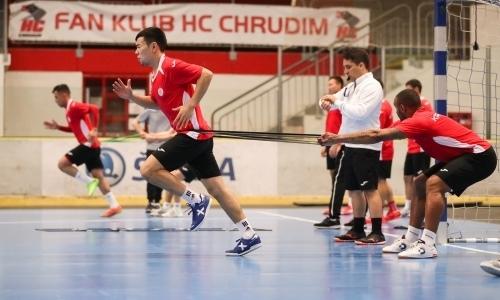 «Кайрат» провел тренировку в Чехии перед стартом в Элитном раунде Лиги Чемпионов