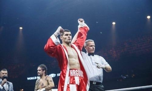 Экс-боксер «Astana Arlans» провел бой с нокдауном против бывшего соперника Джошуа и Фьюри
