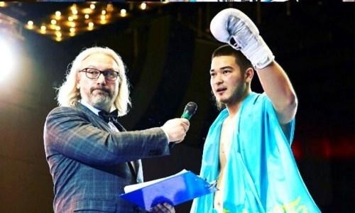 Небитый казахстанец выиграл очередной бой нокаутом со сломанной рукой