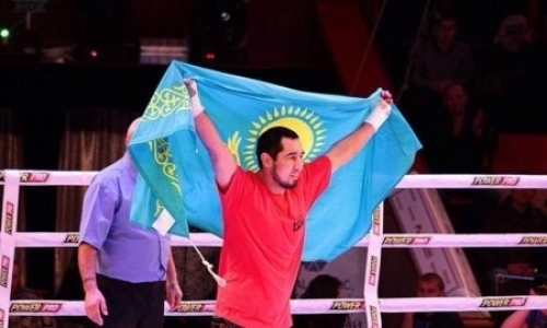 Небитые казахстанские боксеры поднялись в мировом рейтинге после побед в Москве