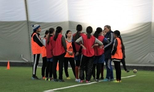 «Иртыш» открыл команду для девочек