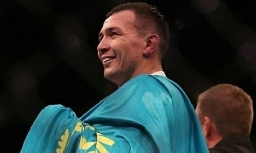 «От души за чай». Первый казах в UFC встретился с казахстанскими бойцами