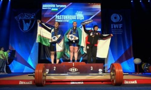 Казахстанские тяжелоатлеты завоевали пять золотых медалей на юношеском ЧМ в Лас-Вегасе
