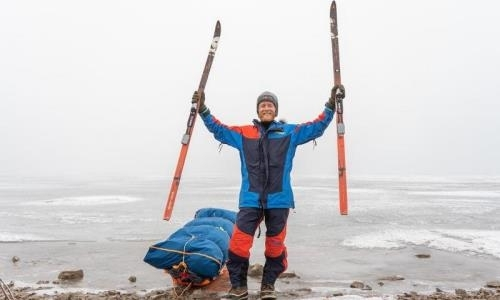 Норвежец за 23 дня пересек на лыжах озеро Балхаш