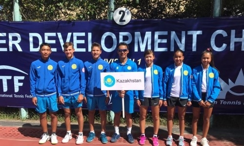 Казахстанские теннисисты стали победителями закрытого чемпионата Азии