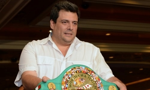 «Друг Головкина» из WBC решил просто так подарить Ломаченко титул чемпиона мира