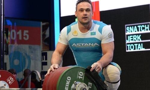 Илье Ильину — 31 год: как карьера тяжелоатлета стала сагой о рекордах и преодолении