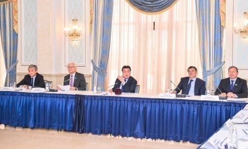 Аскар Мамин провел заседание исполкома Казахстанской федерации хоккея по итогам сезона 2018-2019