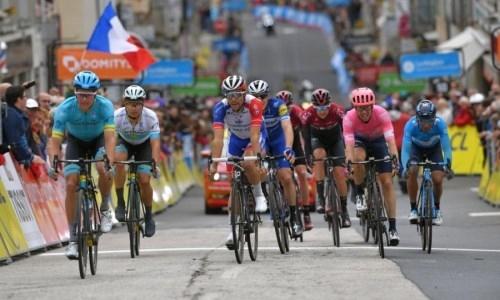 Чемпион Казахстана не ожидал, что станет лидером в очковой классификации «Критериум дю Дофине»