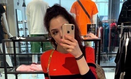 Российская соперница Турсынбаевой выложила соблазнительное фото в обтягивающем платье