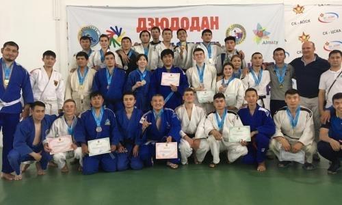 Определились победители и призеры чемпионата Казахстана по сурдо дзюдо