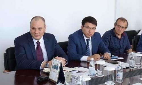 Генеральный директор Федерации хоккея Казахстана обсудил достижения «Актобе»