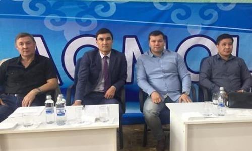 Сапиев посетил международный турнир по боксу