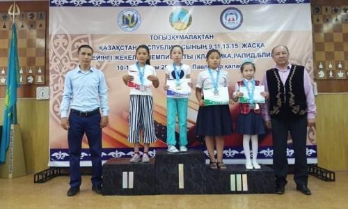9-летняя акмолинка стала чемпионкой Казахстана по тогызкумалак