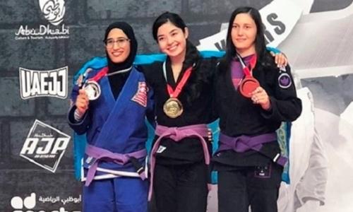 Казахстанка завоевала «золото» на турнире по джиу-джитсу в Москве