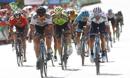 «Нам сильно не повезло». Гонщики «Астаны» попали в страшный завал на «Туре Швейцарии»