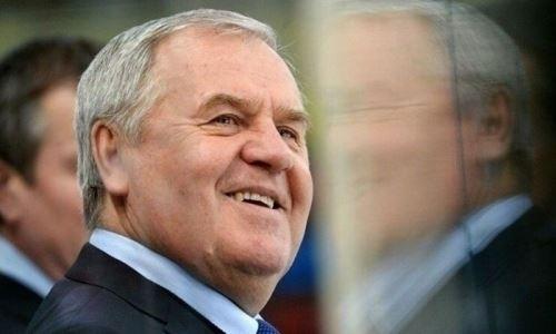 Экс-тренер сборной Казахстана останется на посту главного тренера клуба КХЛ