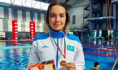 Казахстанская спортсменка завоевала второе «золото» на турнире по плаванию в Бресте