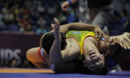 Казахстанцы завоевали три медали во второй день чемпионата Азии по видам борьбы среди кадетов