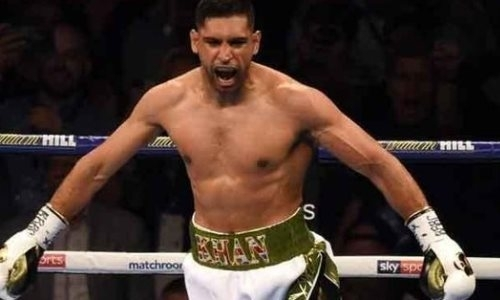Амир Хан нокаутировал соперника в бою за титул WBC. Видео