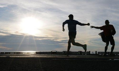 Глава КНБ и аким Нур-Султана пробежали марафон для «железных людей»