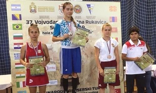 Казахстанские боксеры завоевали пять золотых медалей на турнире в Сербии